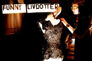 Funny Livdotters klänning i lakrits