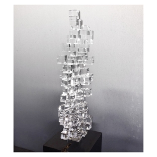 88 Cubes. 180 cm x 35 cm x 35 cm. Crystal cubes, waxed bronze steel base. € 12 500